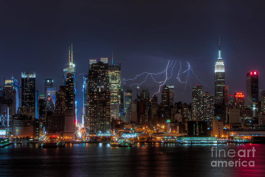 America Photograph - Lightning Over New York City IIi by Clarence Holmes