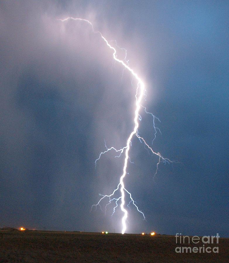 Light Digital Art - Lightning Roots by Christian Jansen