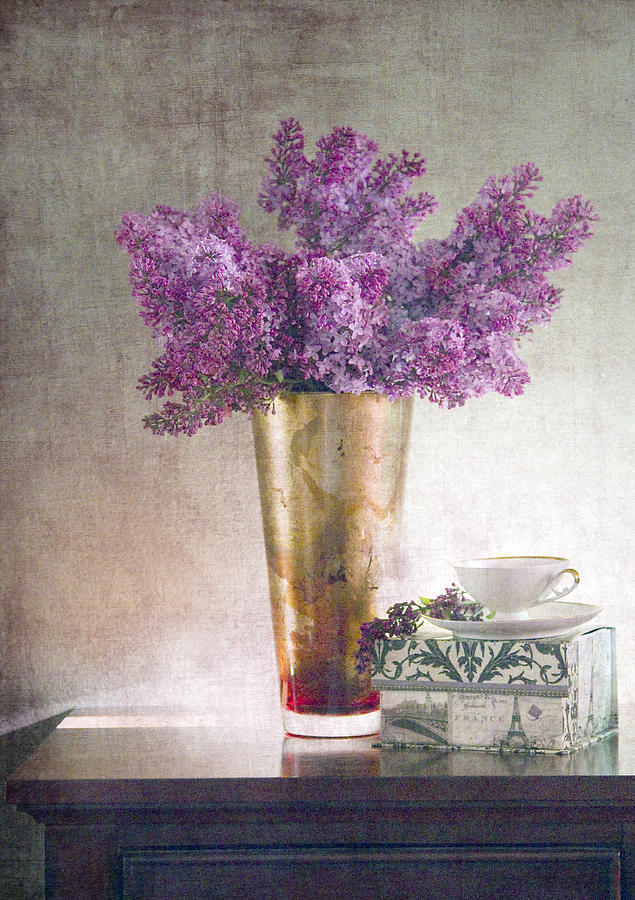 Lilacs Photograph - Lilacs In Vase 2 by Rebecca Cozart