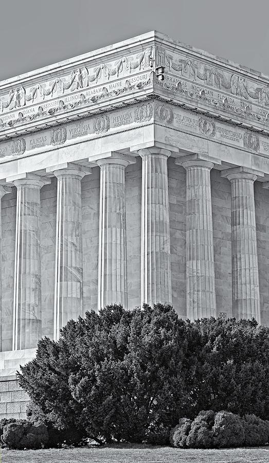 America Photograph - Lincoln Memorial Pillars Bw by Susan Candelario