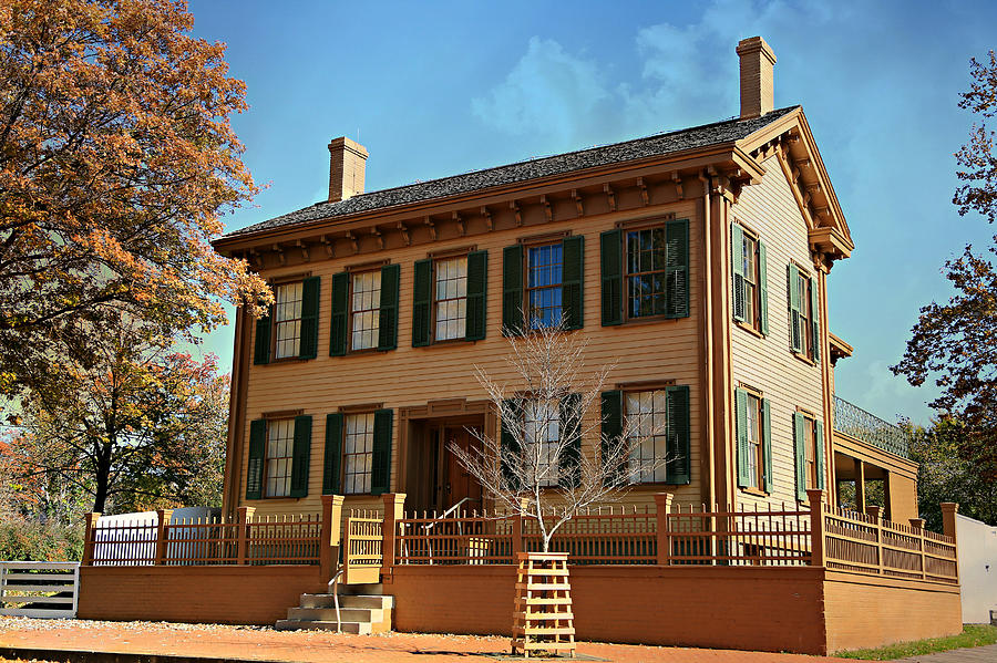 Lincolns Home -- Springfield Photograph