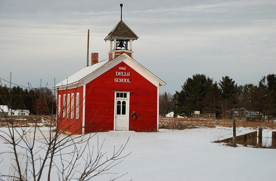 little red schoolhouse - 900×593