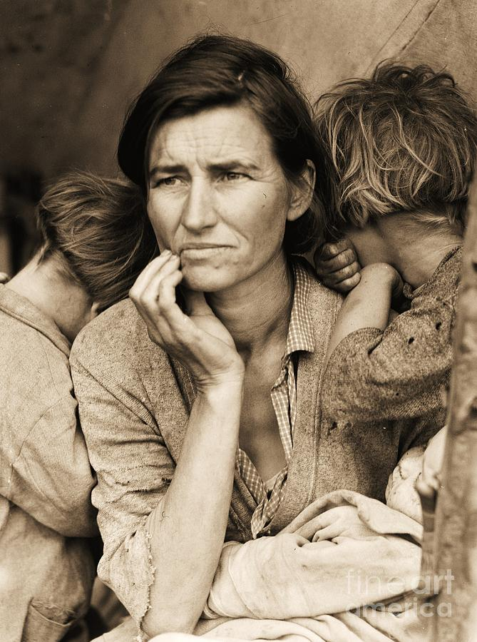 Migrant Mother Photograph - Living With Poverty by Pg Reproductions