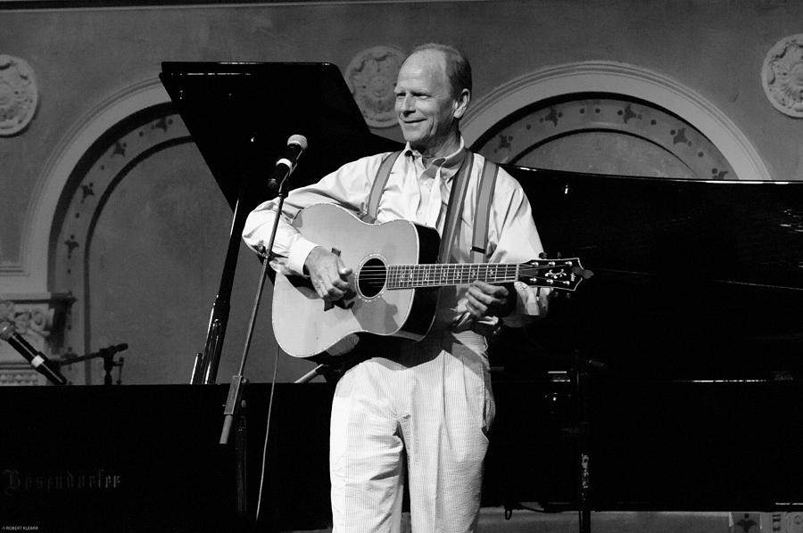 LIVINGSTON TAYLOR IN CONCERT by ROBERT KLEMM