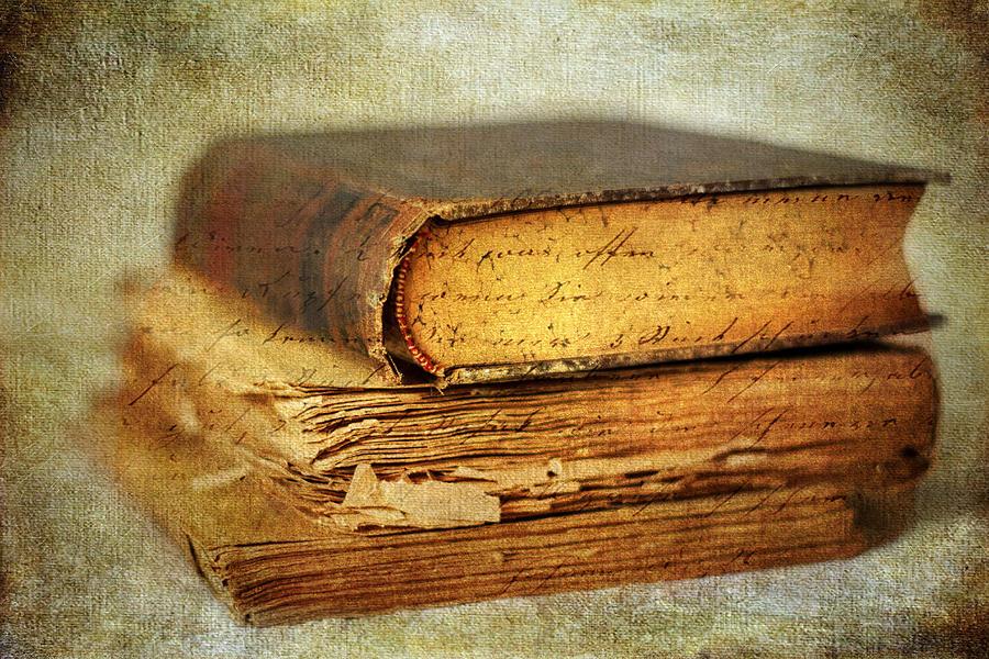 Books Photograph - Livres by Jessica Jenney