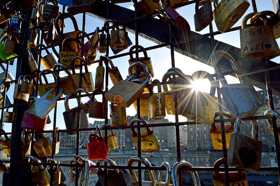 Lock Photograph - Lock Up Paris by Stephen Richards