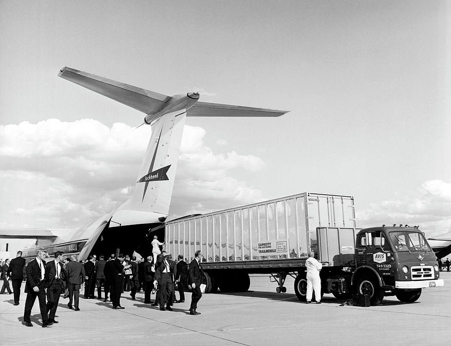 1960s Photograph - Lockheed C-141 Starlifter by Underwood Archives