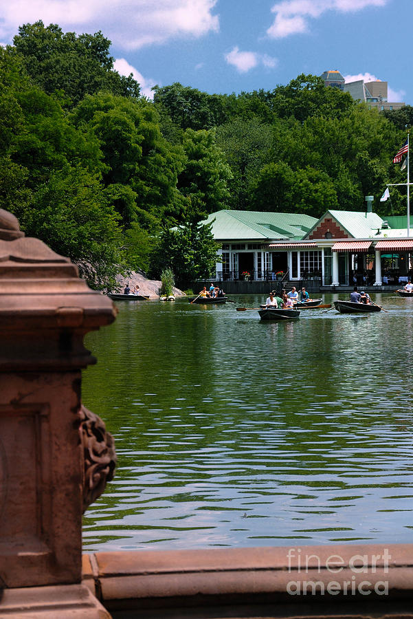 Boat Photograph - Loeb Boathouse Central Park by Amy Cicconi