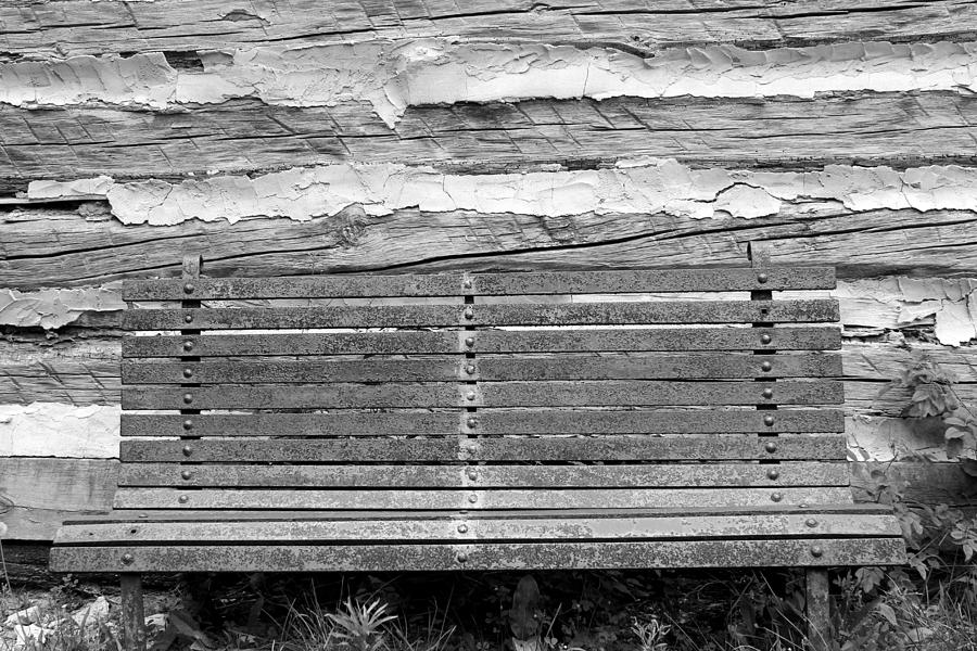Bench Photograph - Log Cabin Bench 1 Black And White by Mary Bedy