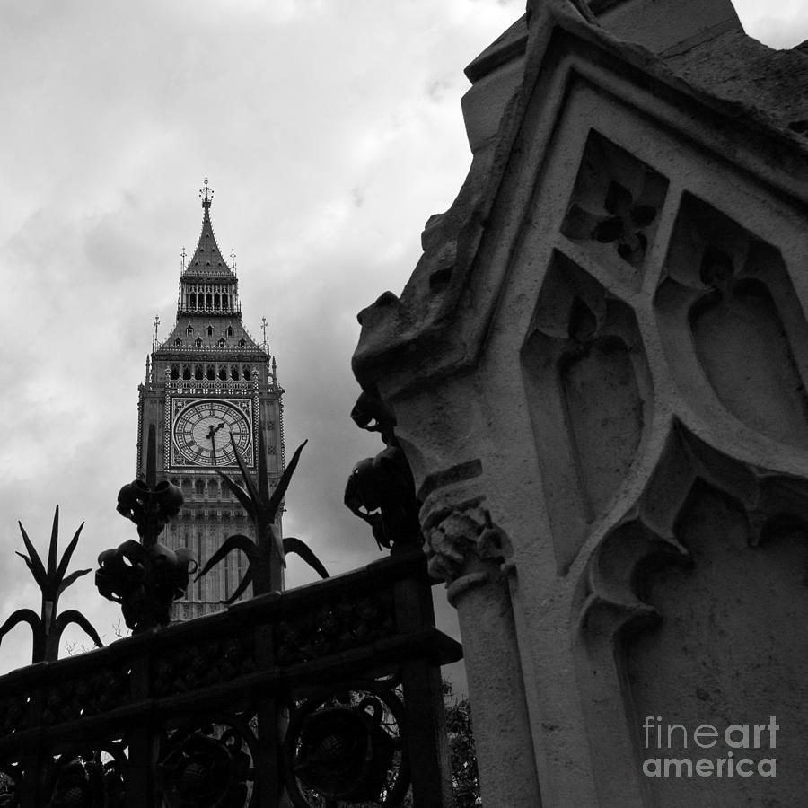 London Photograph - London-fineart-3 by Javier Ferrando
