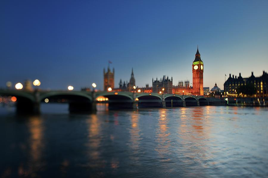 London, Palace Of Westminster At Sunset Photograph by Vladimir Zakharov