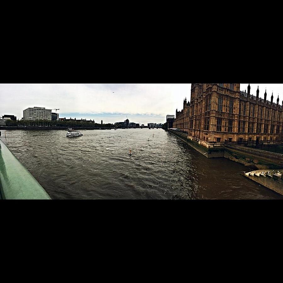 London Photograph - London by Peyton  Turbeville