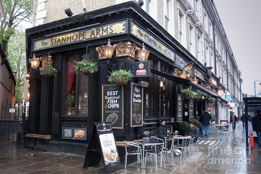 England Photograph - London Pub by Thomas Marchessault