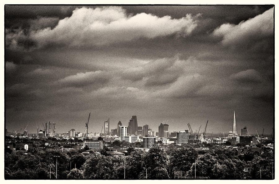 Hampstead Heath Photograph - London Skyline from Hampstead Heath by Lenny Carter