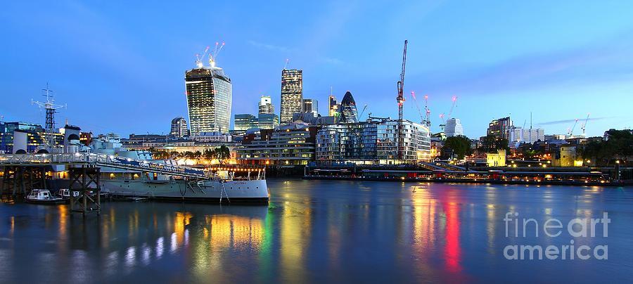 London Photograph - London View by Mariusz Czajkowski