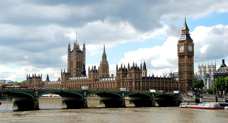 Photo Photograph - London1 by Indira Mukherji
