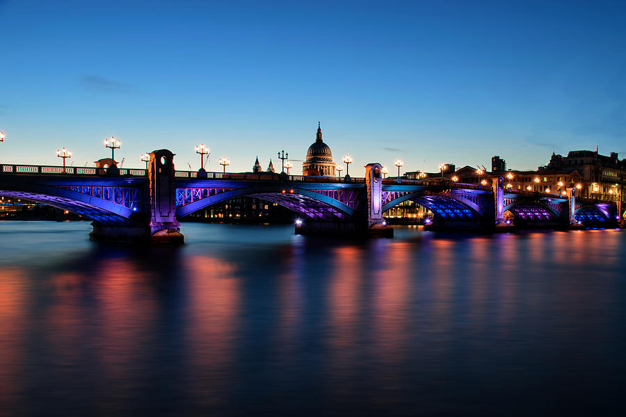 Southwark Bridge Photograph - Londons Southwark Bridge by Ivelin Donchev