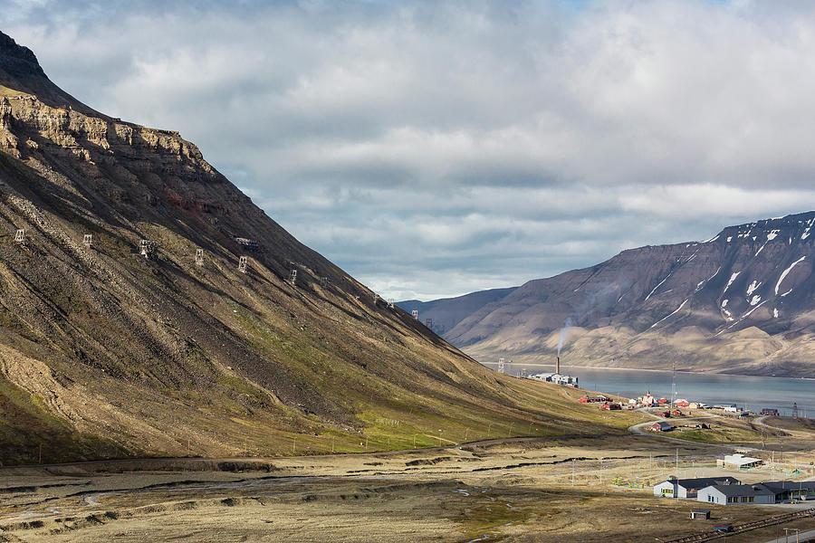 Longyearbyen Spitsbergen Island By Michael Nolan Robertharding