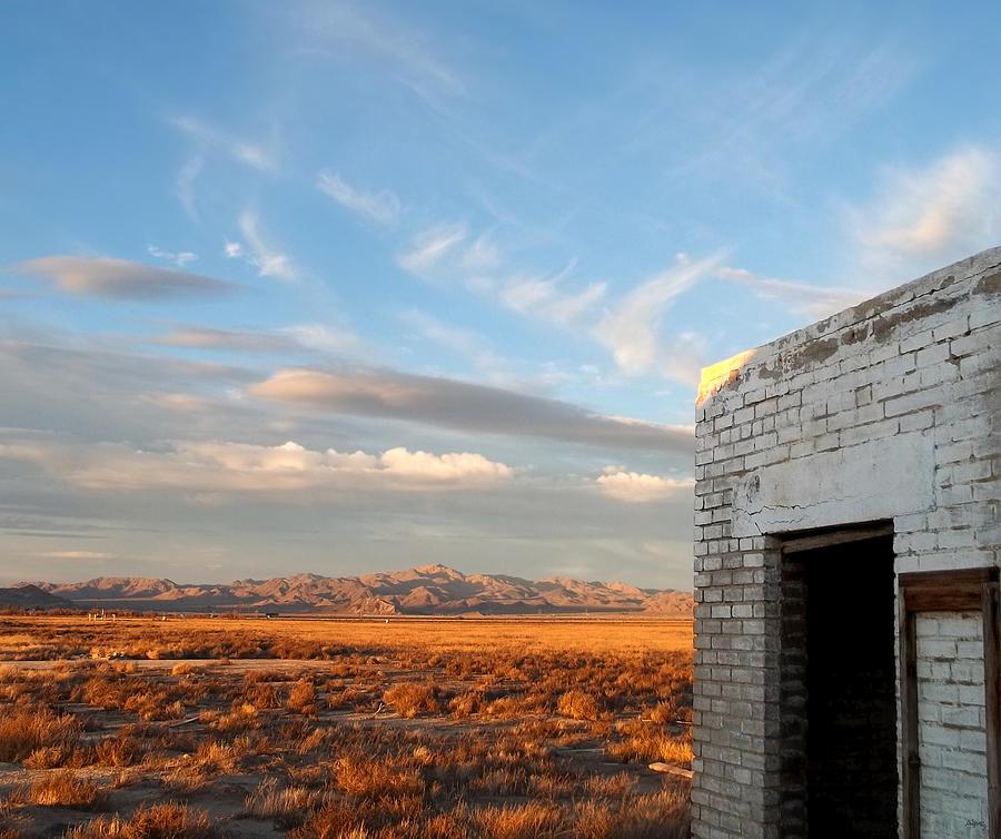 Desert Vista Photograph - Looking Northward by Glenn McCarthy Art and Photography