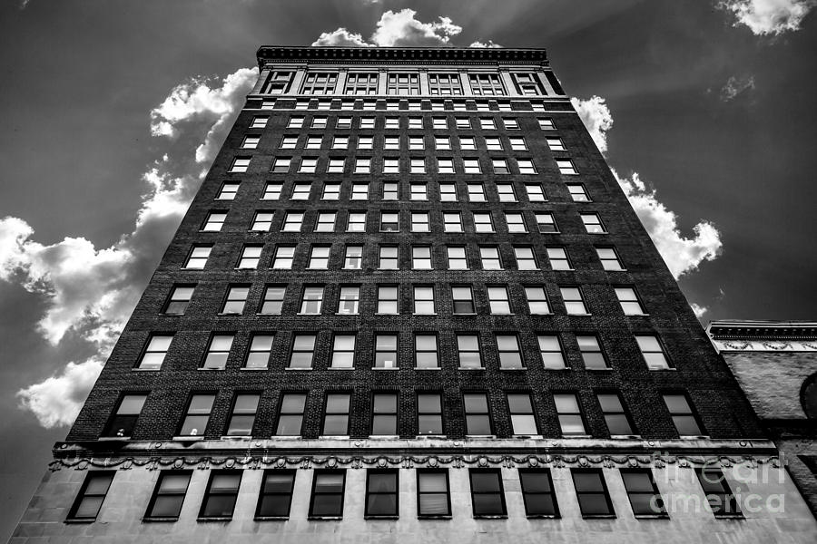City Photograph - Looking Up by Lee Wellman