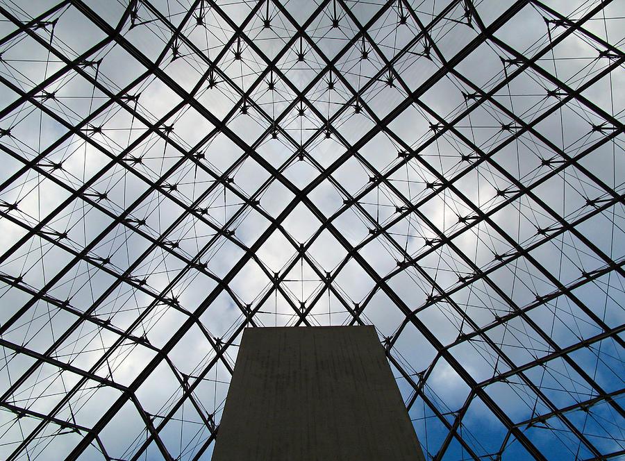 Louvre Photograph - Louving It Up by Joe Schofield