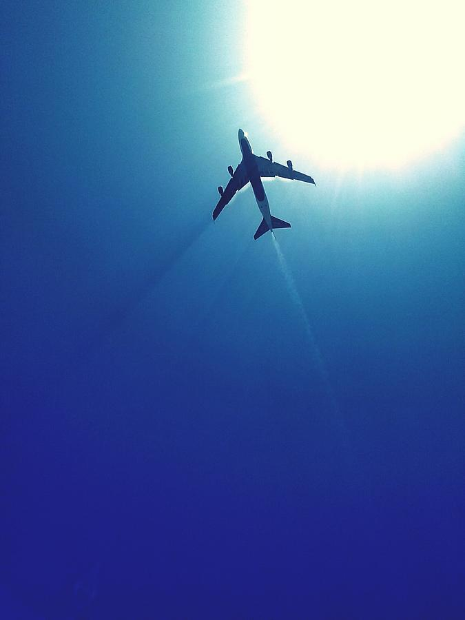 Low Angle View Of Airplane In Flight Photograph by Karla Peña / Eyeem