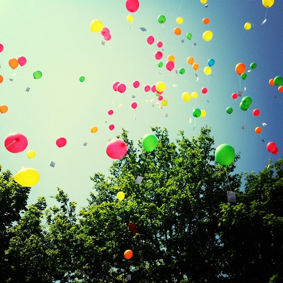 Low Angle View Of Balloons Photograph by Christin Borbe / Eyeem