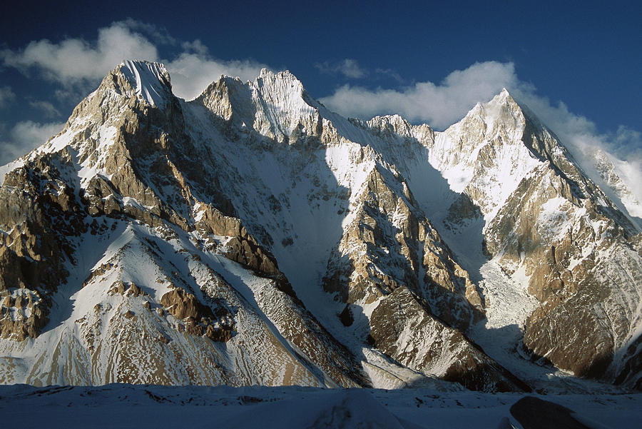 Lower Gasherbrum Peaks Photograph by Colin Monteath
