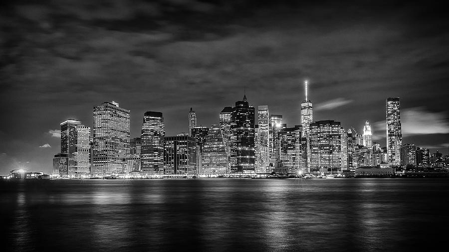 Night Skyline Of Lower Manhattan From Brooklyn Photograph by Dick Wood