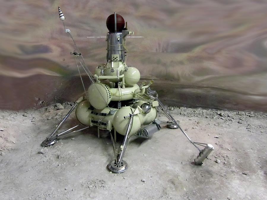 El Topic de Casillas y Stuart Hutchinson - Página 9 Luna-16-lunar-space-probe-detlev-van-ravenswaay