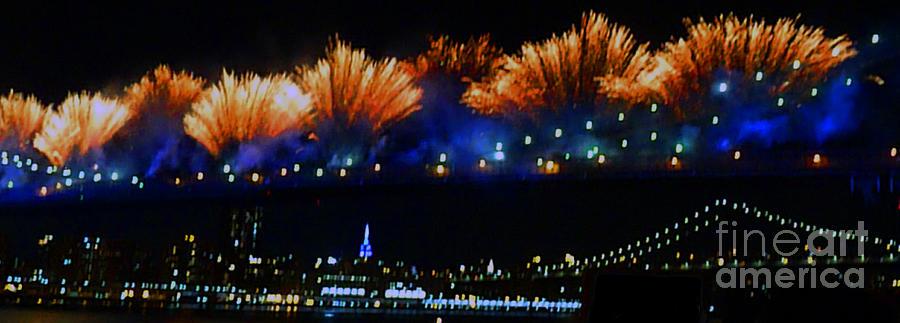 Brooklyn Bridge Photograph - Macys 2014 fireworks by Kendall Eutemey