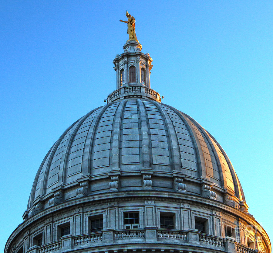 Madison Wisconsin Photograph - Madison Wisconsin Capitol Building - 03 by Gregory Dyer
