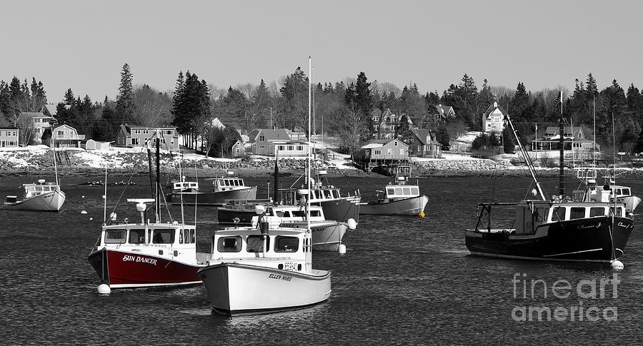 Maine Photograph - Maine Harbor by Karin Pinkham