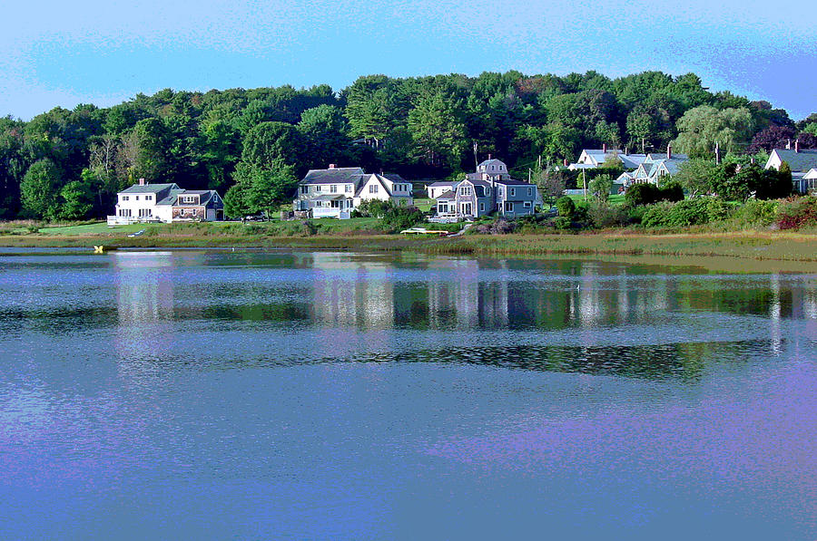 Maine Photograph - Maine Lakefront by Suzanne Gaff