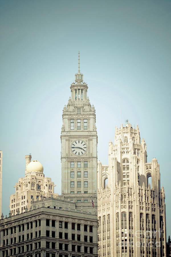 Chicago Photograph - Majestic Vintage Buildings Chicago by Linda Matlow