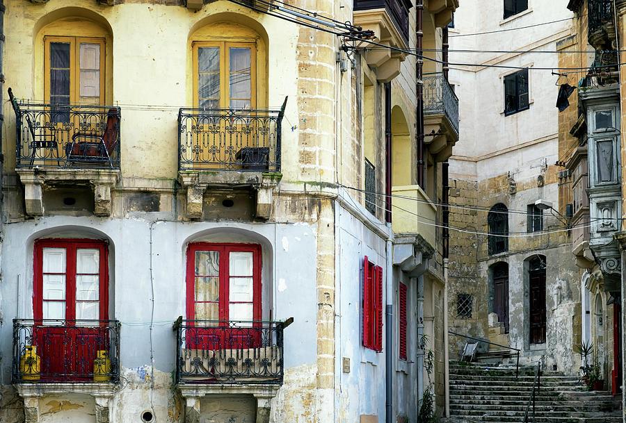 Malta - Valletta Photograph by Foottoo