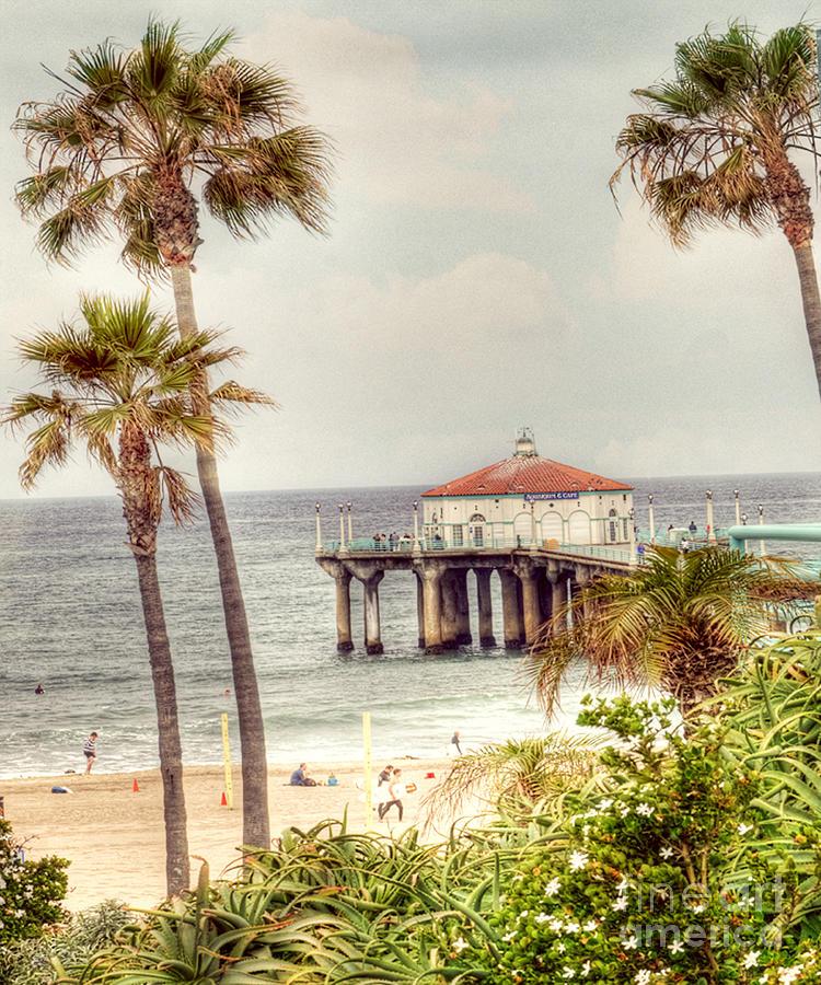 Pier Photograph - Manhattan Beach Pier by Juli Scalzi