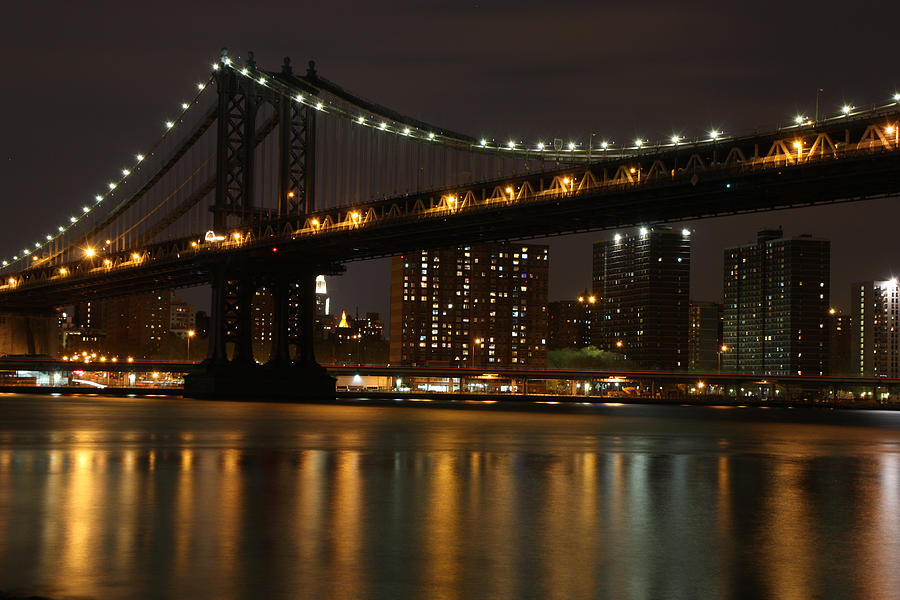 Photo Shoots Photograph - Manhattan Bridge 3019-48 by Deidre Elzer-Lento