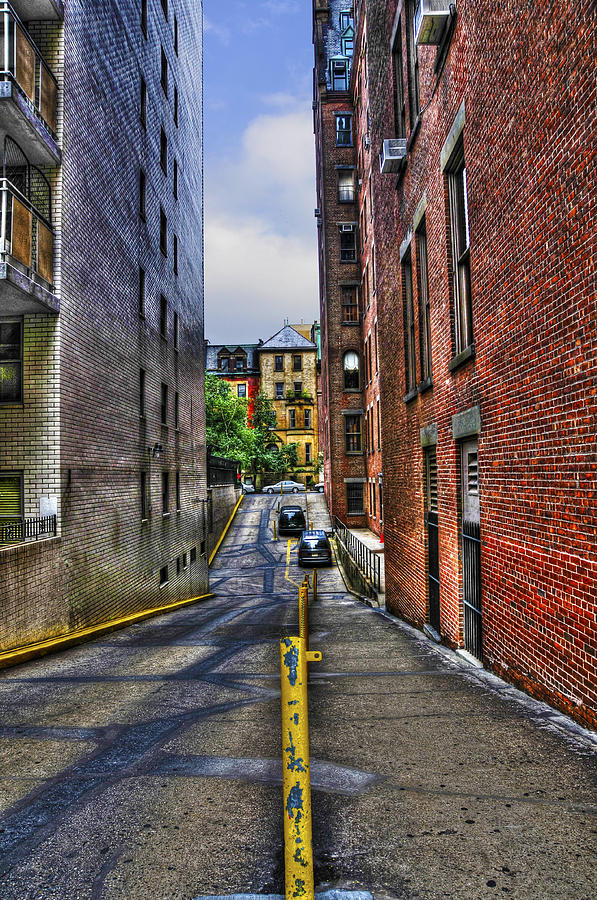 Nyc Photograph - Manhattan Theater District Alley by Randy Aveille