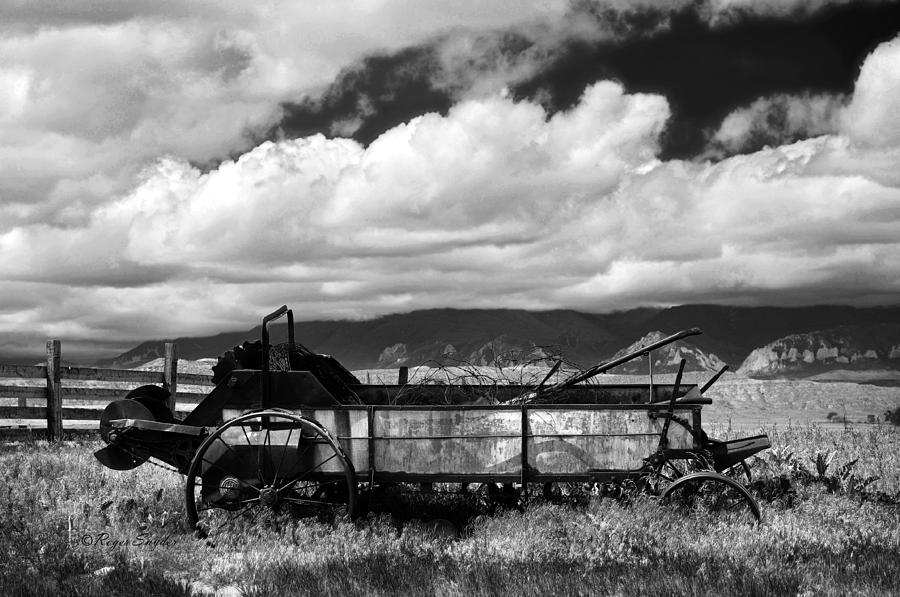 Unique Photos Photograph - Manure Spreader 1 Bw by Roger Snyder