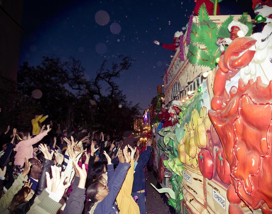 mardi Gras Photograph - Mardi Gras Atmosphere by Ray Devlin
