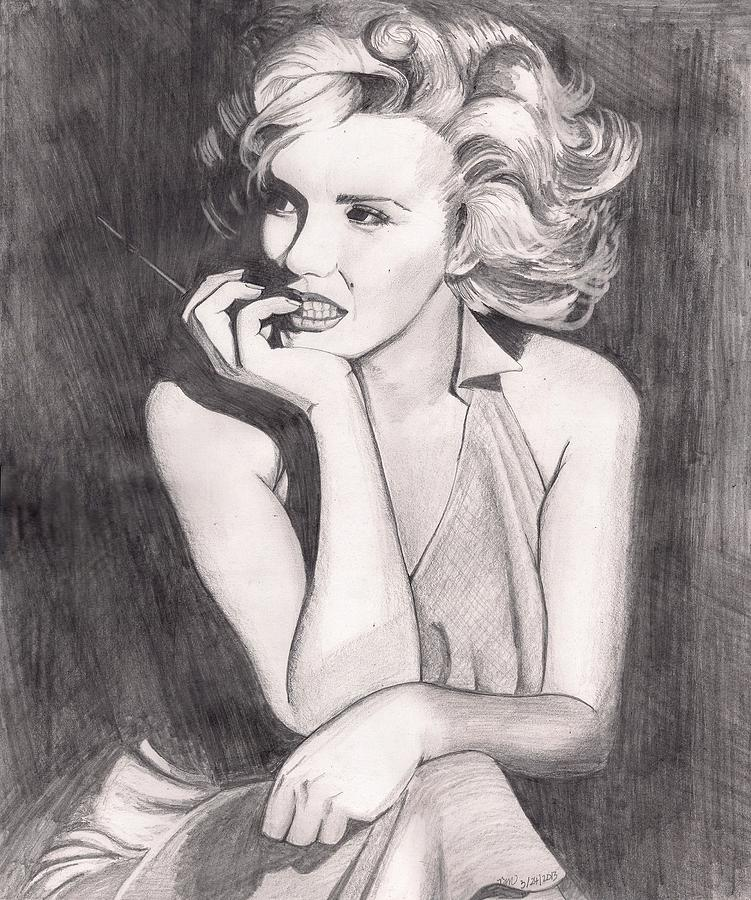 Marilyn Monroe Drawing - Marilyn by Beverly Marshall