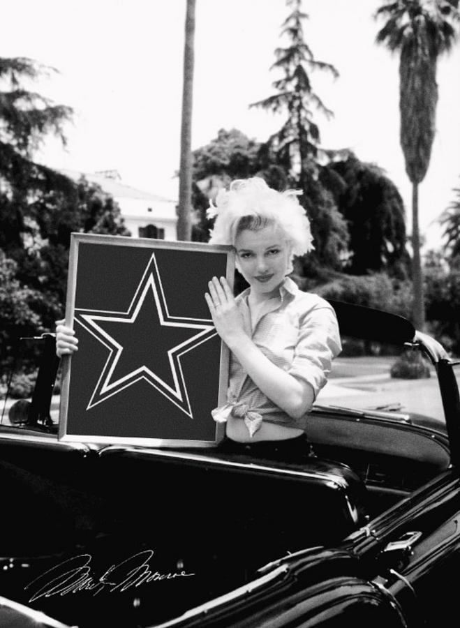 Marilyn Monroe Photograph - Marilyn Cowboys by Paul Van Scott