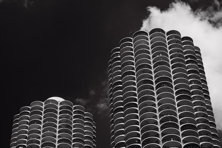Marina Photograph - Marina City Morning B W by Steve Gadomski