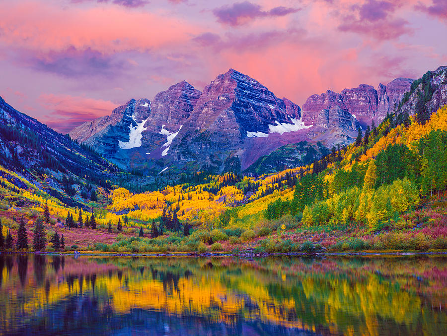 Maroon Bells Autumn Aspen Trees Lake Reflections Aspen Colorado By Ron Thomas