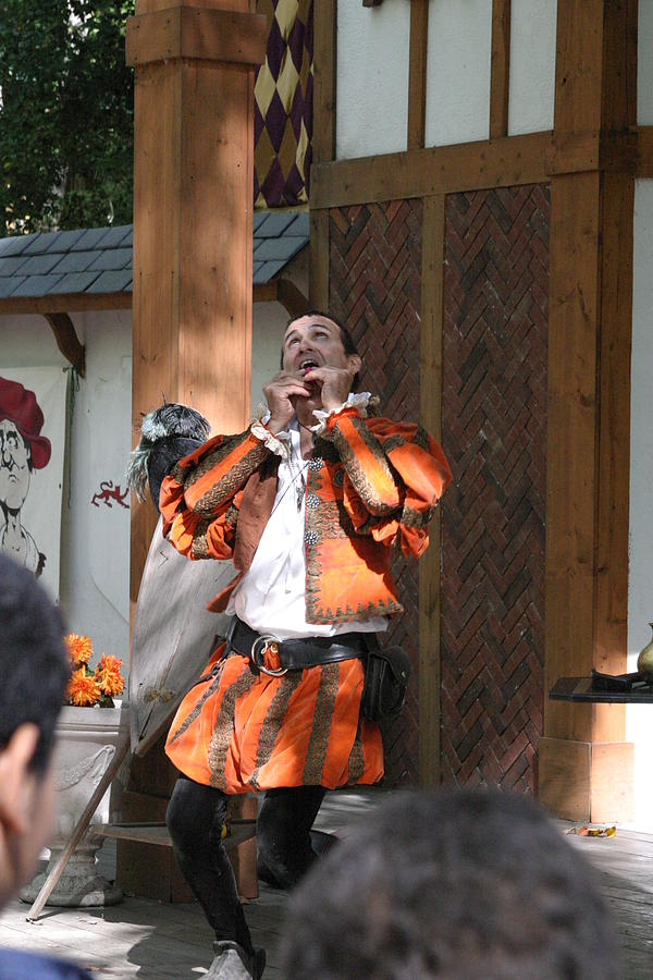 Maryland Photograph - Maryland Renaissance Festival - Johnny Fox Sword Swallower - 121254 by DC Photographer