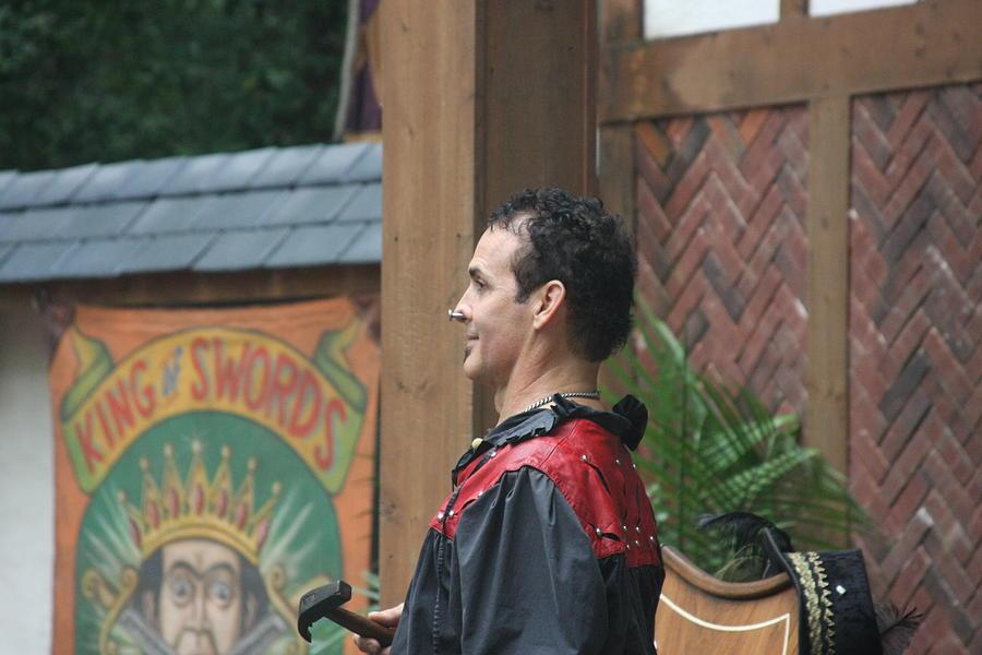 Maryland Photograph - Maryland Renaissance Festival - Johnny Fox Sword Swallower - 121271 by DC Photographer