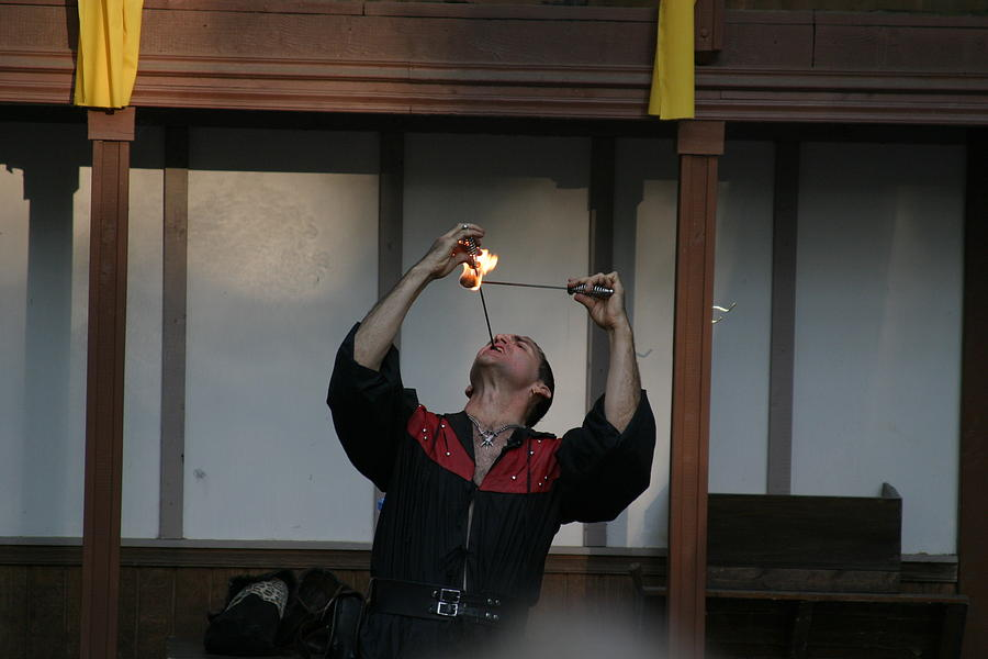 Maryland Photograph - Maryland Renaissance Festival - Johnny Fox Sword Swallower - 121292 by DC Photographer