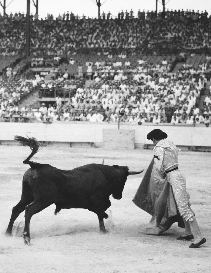 1940s Photograph - Matador Silverio Perez by Underwood Archives