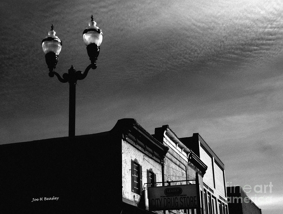America Photograph - Mcminnville Skyline by   Joe Beasley